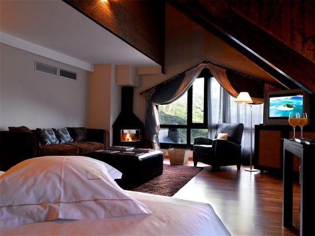 Suite con chimenea en el Pirineo aragonés