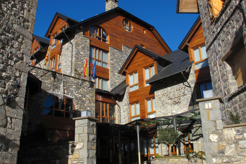 Hotel-Encanto-Pirinero
